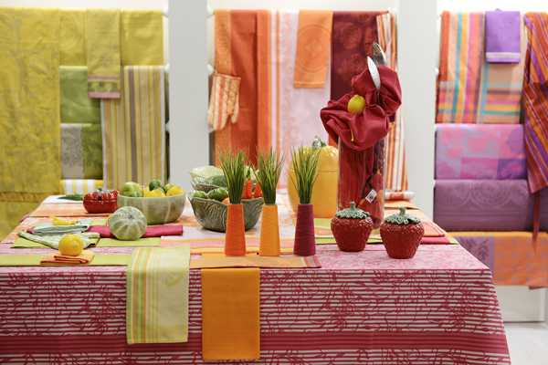 latest trends in decorative fabrics for table