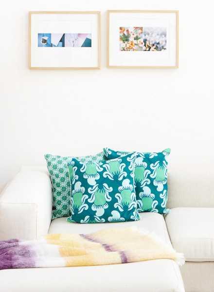 blue decorative pillows for sofa