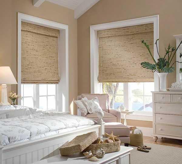 bedroom decorating with bamboo curtains