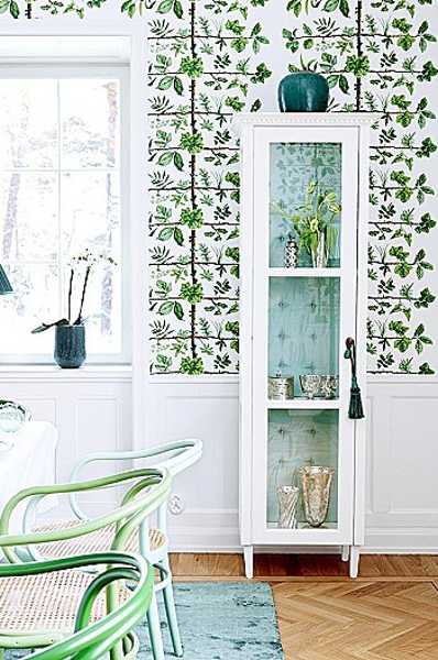 Dining Room Decorating With White Turquoise And Green Colors