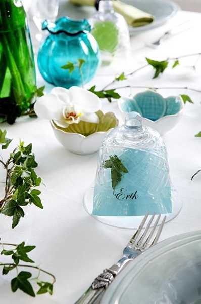 turquoise and green colors for table decoration