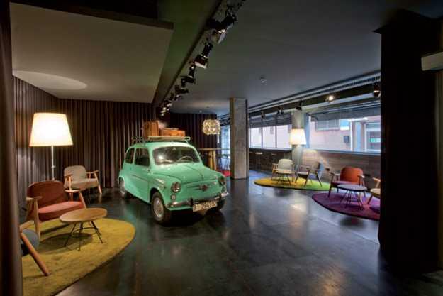 Retro furniture in 60s style modern interior design and decor ideas