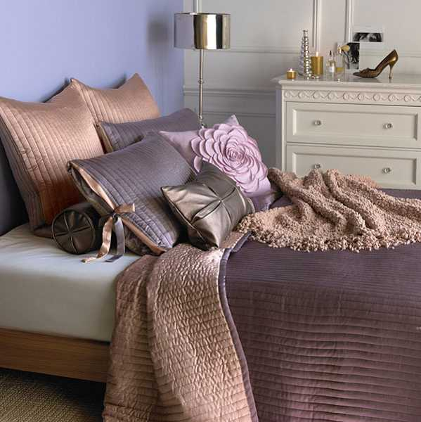 Textured Bedding And Decorative Pillows With Flower In Purple Color