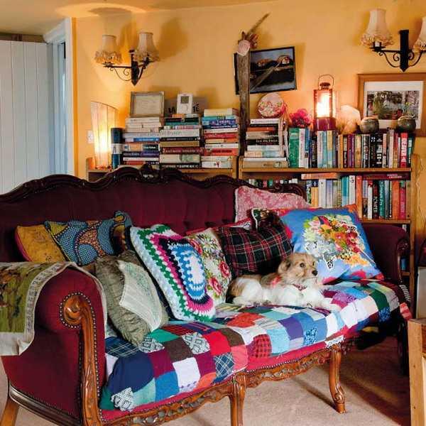 cintage sofa and wall lights