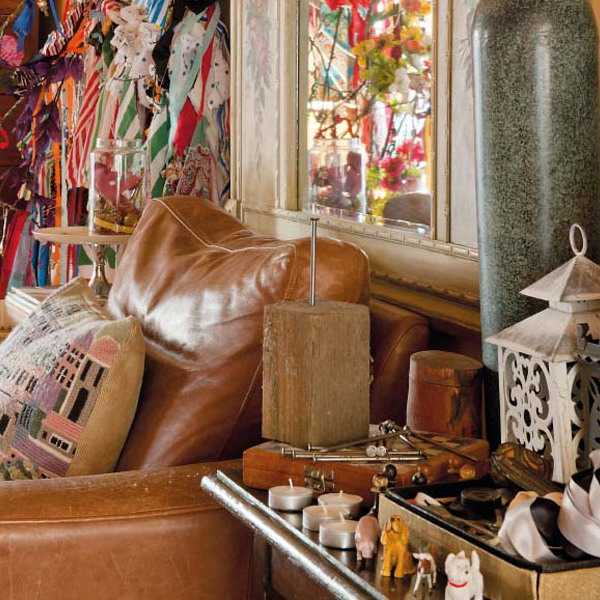 vintage furniture and home decorations