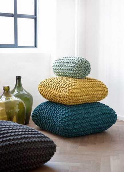 knitted throw pillows