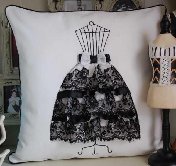 romantic decorative pillows - Pillows Decorative
