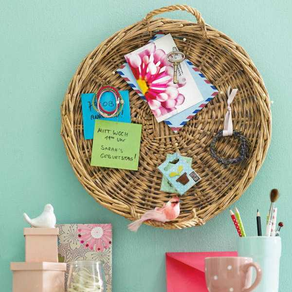using wicker basket as message board