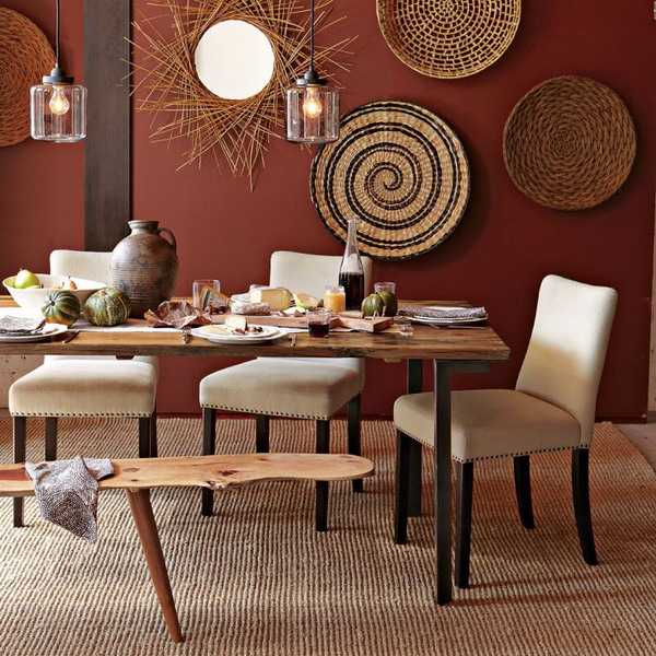 Modern wall decoration with ethnic wicker plates bowls for Contemporary dining room wall decor