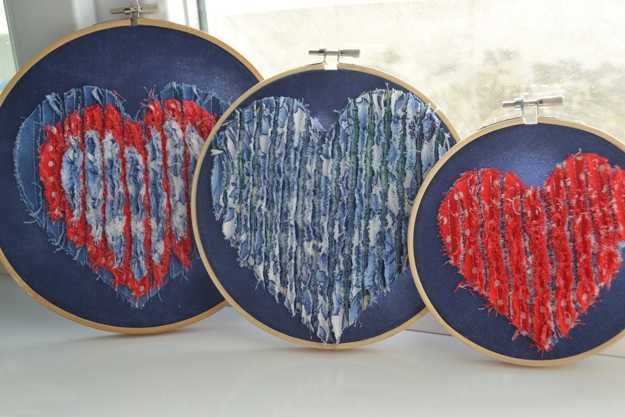 hearts decorations made with embroidery rings