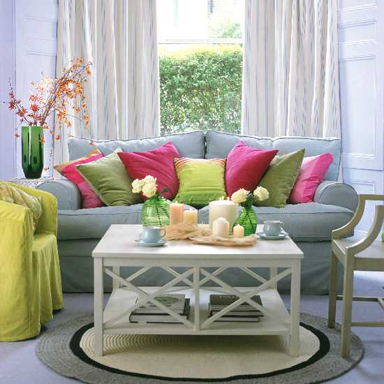 pink and green color combination for living room decorating