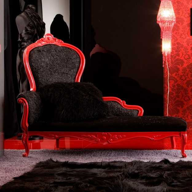 black and red recamier design