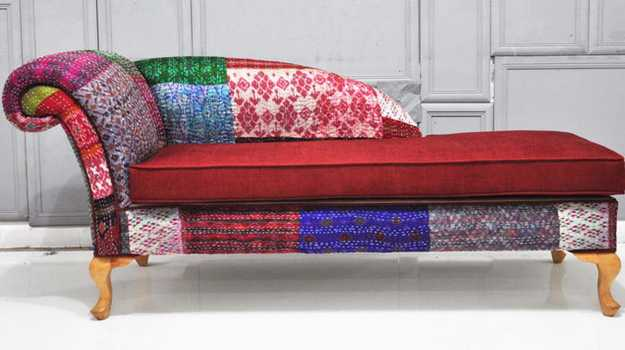 modern recamier with knitted and patchwork upholstery fabrics