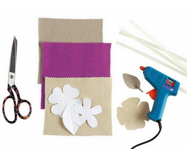 making flower decorations with felt fabrics