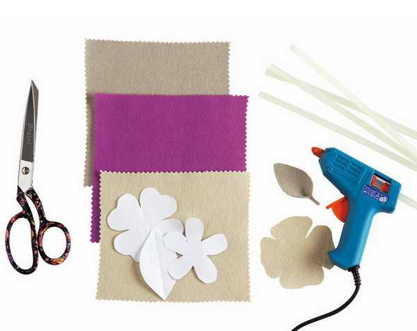 making flower decorations with felt fabrics