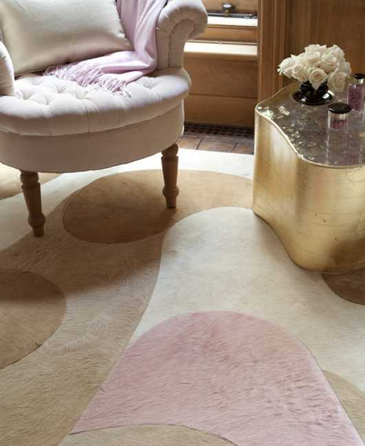 floor carpet in light gray and pink color tones