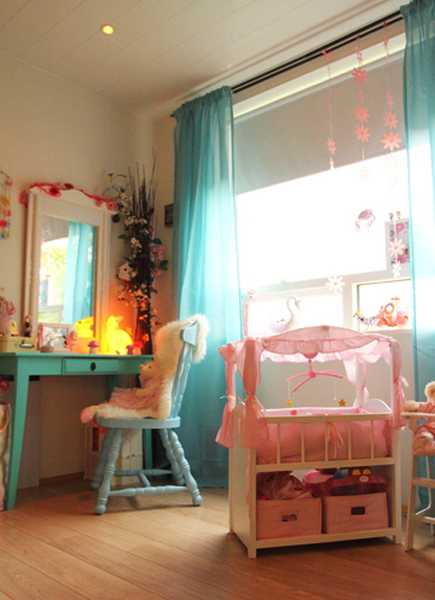 wood furniture for girls bedroom decorating