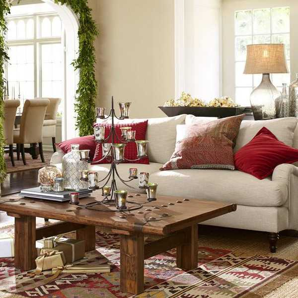 living room decorating with kilim floor rug and decorative pillows