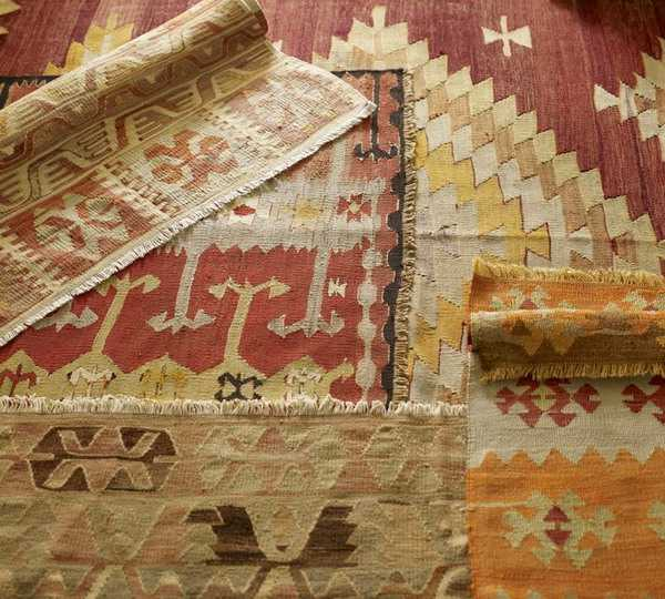 ethnic interior decorating with turkish rugs