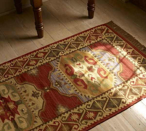 floor decoration with kilim floor rug