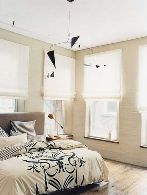 Modern day bedroom decorating with linen fabrics for for Modern day bedroom designs