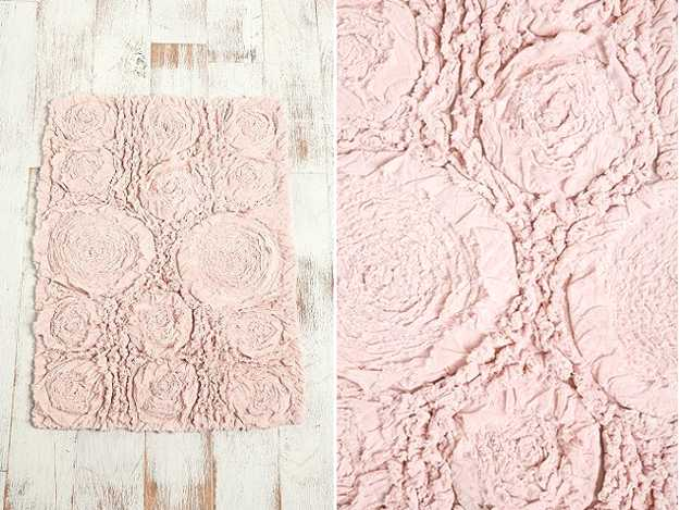 floor mat in pink color