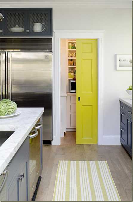 Yellow Color Accents Jazz Up Elegant Dark Gray Kitchen Decorating - Dark grey kitchen doors