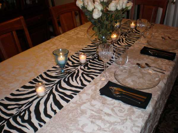 black and white dining room decorating with zebra prints and