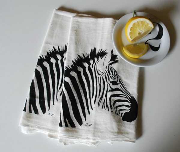fabric napkins with zebra images