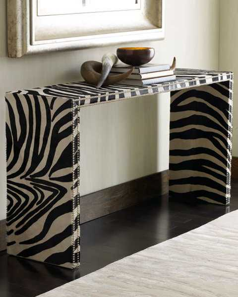 Zebra table decoration ideas photograph exotic home decora for Zebra decorations for home