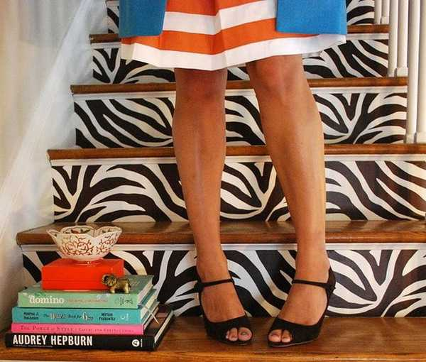 10 Eye Catching Staircase Designs For Unique Home Decor: Exotic Home Decorating Ideas Allowing Zebra Prints To
