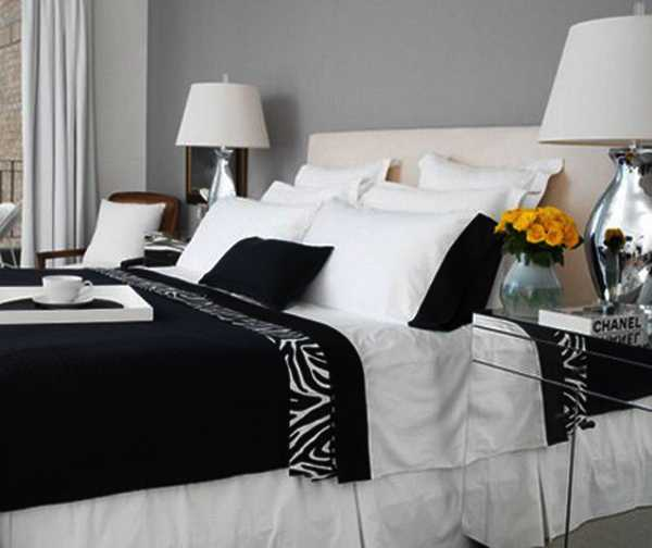 black and white bedroom decorating with zebra pattern