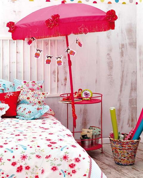 Creative Influences Pink Bedroom: Craft Ideas For Kids Room Decorating With Fabrics And