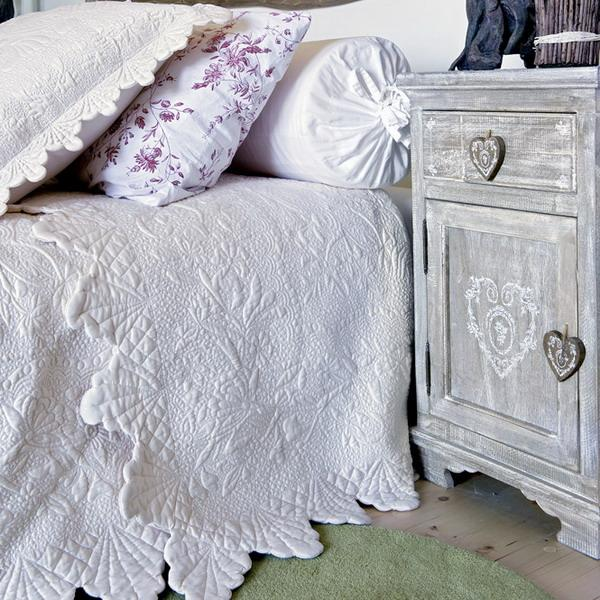 French country decor for elegant country home decorating for French country style bedroom ideas