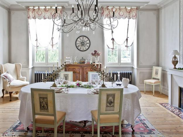 22 french country decorating ideas for modern dining room for Deco chambre romantique beige