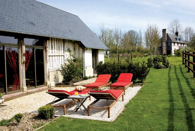 french country home outdoor rooms