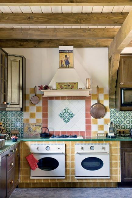 french country kitchen in vintage style