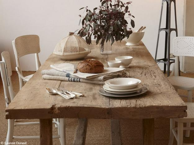Rustic wood dining table best dining table ideas for Wood dining table decor