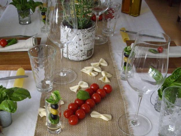 Edible Decorations And Dry Noodles For Party Table Decoration