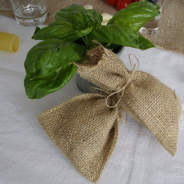 burlap and basel leaves for table decoration