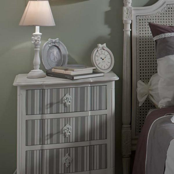 unique vintage furniture and lighting for modern bedroom decorating in classic style