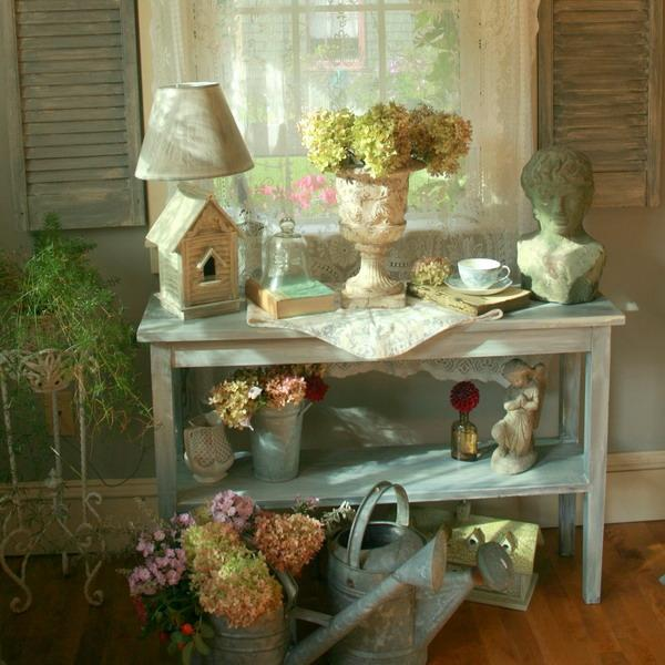 Shabby chic decorating ideas inspired by beautiful flowers for Salle a manger shabby chic
