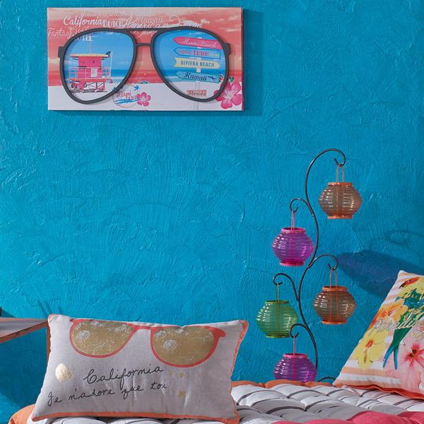 Bright blue and pink color combination for spring and - Bright turquoise paint colors ...
