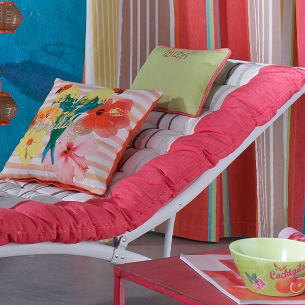 16 Attractive Window Seat Designs For Pleasant Relaxation: Bright Blue And Pink Color Combination For Festive Spring