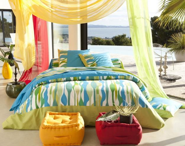 bright home accessories and color combinations for summer decorating