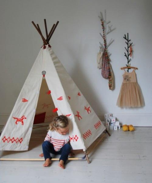 kids room decorating with white teepee fabric