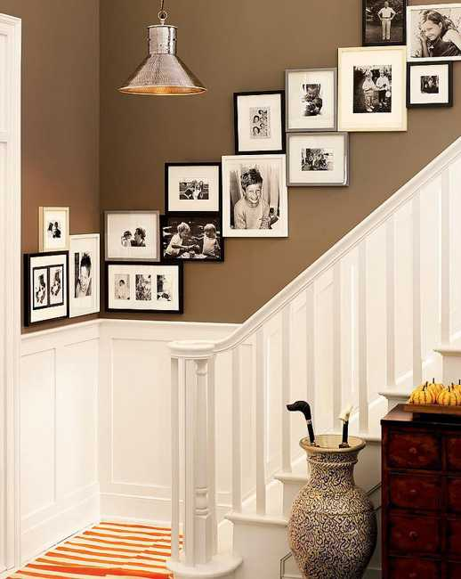 staircase wall decoration with framed pictures