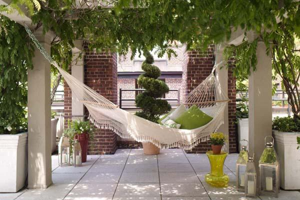 Perfect Pillows For Hammock Decorating Adding Comfort To Backyard Ideas