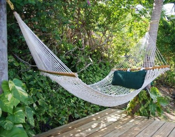 Backyard Hammock Ideas : hammockpillowsgardenbackyardideas6jpg