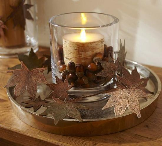 25 Acorn Table Centerpieces Bringing Natural Feel Into Simple Fall